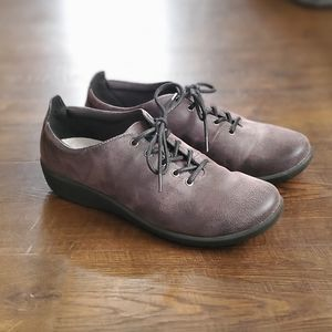 Clarks Cloudsteppers Lace Up Womens ⭐ Size 7.5